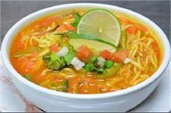 बच्चों को बना कर खिलाएं Maggi Soupy Noodle