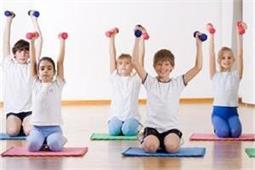 बच्चे की याददाशत और ब्लड सर्कुलेशन दुरुस्त करने के लिए करवाएं ये 3 योगासन