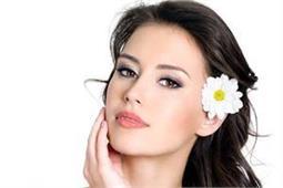 महिलाओं की खूबसूरती की पहचान हैं उनकी ये 8 बातें