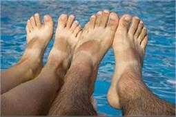 3 में से कोई एक होममेड पैक अपनाकर करें पैरों टैनिंग की छुट्टी