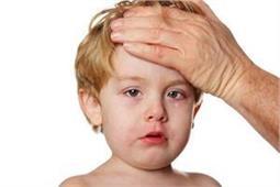 मलेरिया के लक्षणों को ना करें नजरअंदाज, एेसे करें बच्चों का बचाव