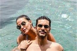मालदीव में यूं पति संग रोमांटिक हॉलीडे एन्जॉय कर रही नेहा धूपिया
