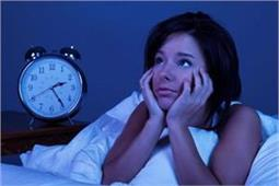 अधूरी नींद लेने वाले हो जाए सतर्क, घेर सकती हैं ये गंभीर बीमारियां