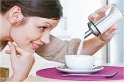 महिला के शरीर के लिए धीमा जहर है चीनी, Immune System करती है खराब