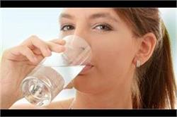 Health Update: खाली पेट 2 गिलास पानी पीने के 10 फायदे