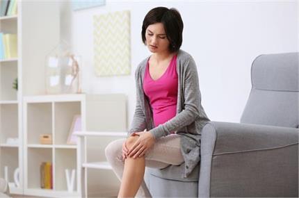 समय से पहले क्यों खत्म हो रही महिलाओं के घुटनों की ग्रीस? खानपान में...