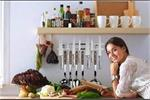 Kitchen Ideas: छोटी रसोई को यूं बड़ा दिखाएं