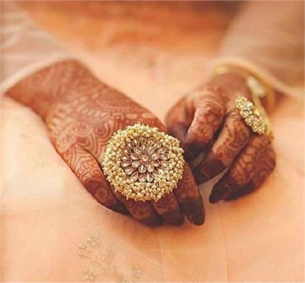 इंडियन ब्राइड्स के लिए लेटेस्ट Cocktail Rings डिजाइन्स