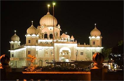 Famous gurudwaras in india