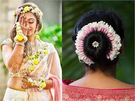 not only in hair, Wear Gajra in different style