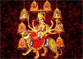 आखिर क्यों देवी दुर्गा के इस मंदिर को माना जाता है शापित?