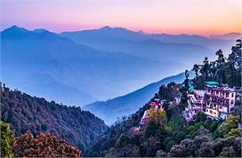 You can  plan to visit mussoorie in uttarakhand after unlock