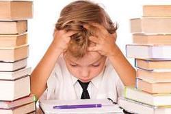 क्या आपने भी कर रखा है बच्चे को जरूरत से ज्यादा बिजी?