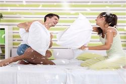 इन बातों को अपनाकर करें गर्लफ्रेंड या बीवी दोनों को Happy (pics)