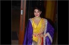 संजय दत्त की Diwali Bash में ट्रैडीशनल लुक में पहुंचे...