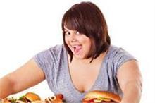 सिर्फ गलत खान-पान ही नहीं, ये आदतें भी करती हैं मोटा