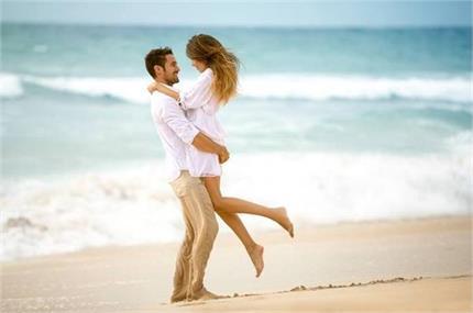 कपल Honeymoon Trip को इन रोमांटिक तरीकों से बनाएं यादगार