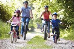 रोजाना साइकिलिंग करने से मिलते हैं ये फायदे