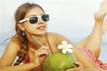 गर्मियों में शुरू कर दें नारियल पानी पीना क्योंकि
