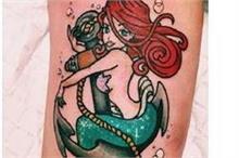 अगर आप भी जलपरियों की तरह दिखना चाहती है तो ऐसे बनवाएं टैटू