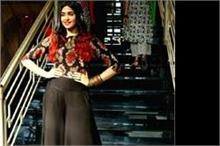 ब्रांड लांच में दिखा अदा शर्मा का शानदार लुक