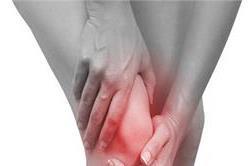 ये 5 गलतियां कर सकती हैं आपके घुटनों को बेकार