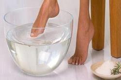 Foot Bath से पूरी बॉडी को इस तरह करें डिटॉक्स