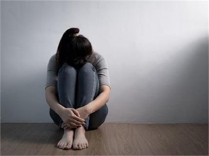 मोमोज-काठी रोल खाकर दूर रखें डिप्रेशन