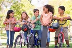 उम्र के हिसाब से जानें बच्चे के लिए बेस्ट है कौन सी एक्टिविटी  - Nari