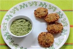 नवरात्रि व्रत में खाएं साबूदाना टिक्की