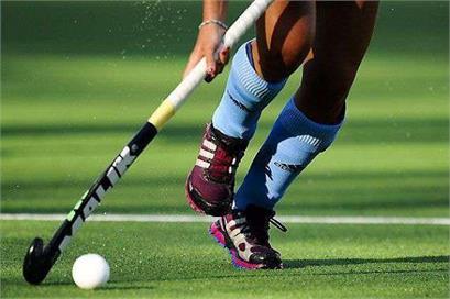 women hockey