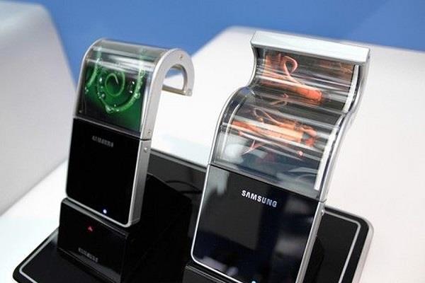 टैबलेट की तरह दिखेगा सैमसंग का फोल्डेबल स्मार्टफोन - DJ Koh