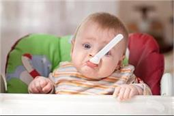 Baby Care: 6 महीने के बच्चे को दें बेलेंस डाइट, सेब से करें शुरुआत