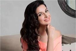 Celeb Beauty: ग्लोइंग स्किन पाने के लिए दिव्या खोसला फॉलो करती हैं ये टिप्स