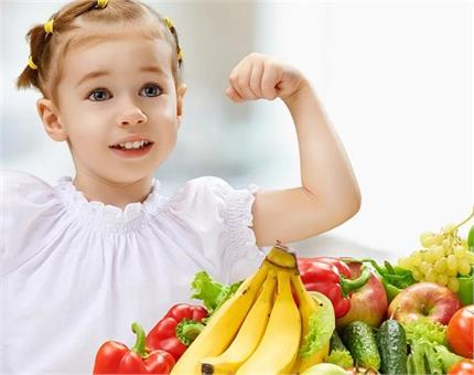 बच्चे का Weight बढ़ाना चाहते हैं तो उन्हें खिलाएं ये हैल्दी फूड्स