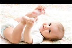 बच्चे का वजन बढ़ाने में मददगार है बादाम और शहद