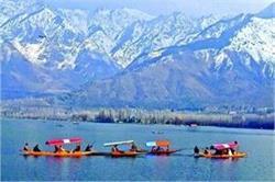 स्नोफॉल और रोमांचक एक्टिविटीज का लेना है मजा तो जाएं कश्मीर