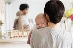 मां बनते ही मेकअप से दूर भागती हैं महिलाएंः सर्वे