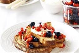 नाश्ते में बनाएं Blueberry Cinnamon Bread