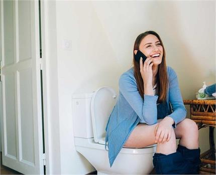 Be Alert: टॉयलेट में की गई ये 7 गलतियां कर सकती हैं आपको बहुत बीमार