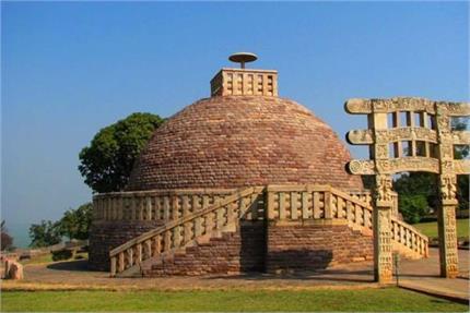 ऐतिहासिक इमारतें देखना चाहते हैं तो बेस्ट हैं मध्य प्रदेश की ये जगहें