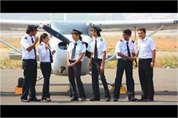 भारत में दूसरे देशों के मुकाबले महिला पायलट की गिनती ज्यादा