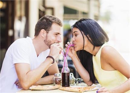 Dating Tips: कम बजट में ऐसे करें डेट प्लान, गर्लफ्रेंड हो जाएगी खुश