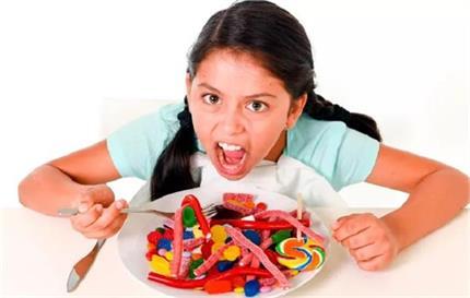 बच्चे के चिड़चिड़ेपन की वजह हो सकती है चीनीः शोध