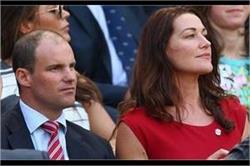 इंग्लैंड के पूर्व कप्तान एंड्रयू स्ट्रॉस की पत्नी रूथ का निधन