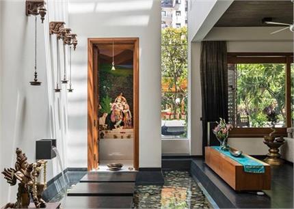 Vastu Tips: पूजा रूम में की गई ये 8 गलतियां बिगाड़़ देगी घर की...