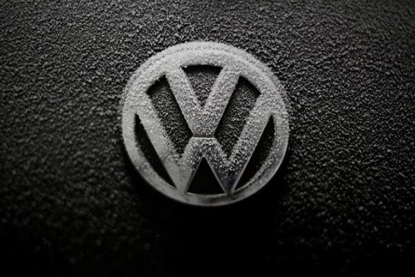 2026 के बाद Volkswagen की पेट्रोल-डीजल इंजन वाली कारें होंगी बंद