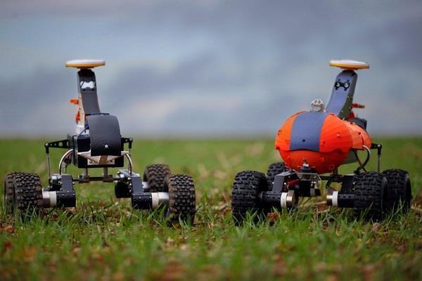 खेतों की निगरानी करने के काम आएंगे Robot farmers