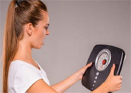 सिर्फ खाना ही नहीं, रुटीन की 5 गलतियां भी बढ़ाती हैं मोटापा