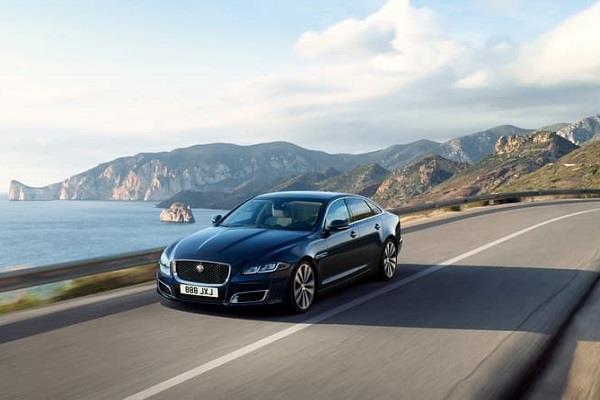 महज 6.2 सेकंड्स में 0 से 100 kmph की रफ्तार पकड़ेगी Jaguar XJ50